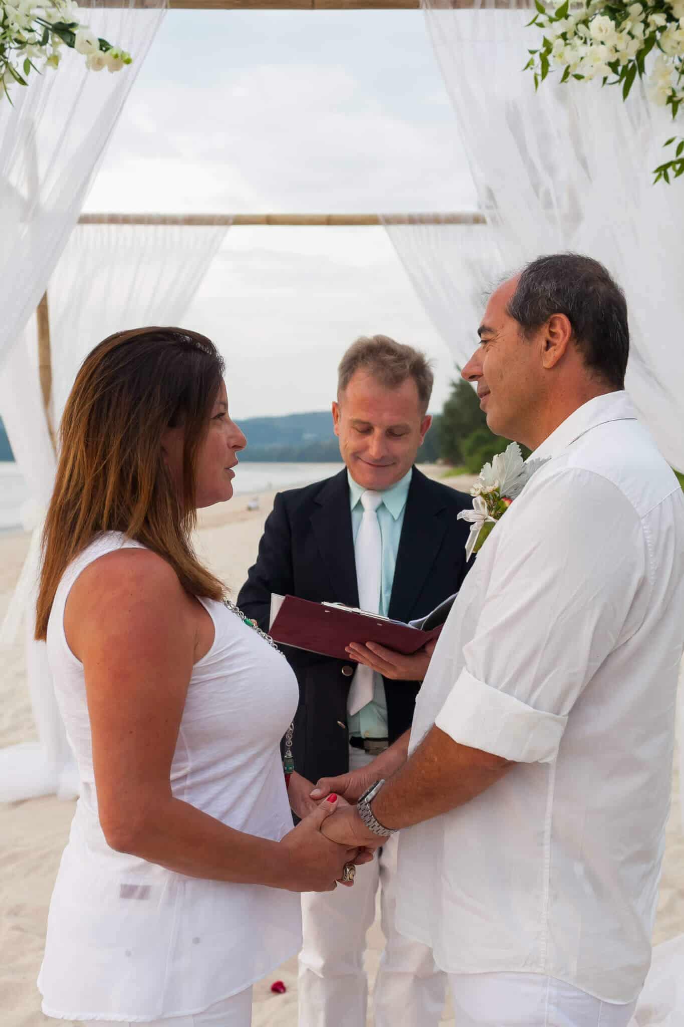 Beach marriage celebrant phuket (12)