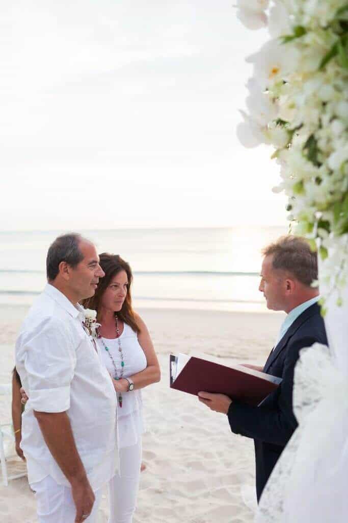 Beach marriage celebrant phuket (22)