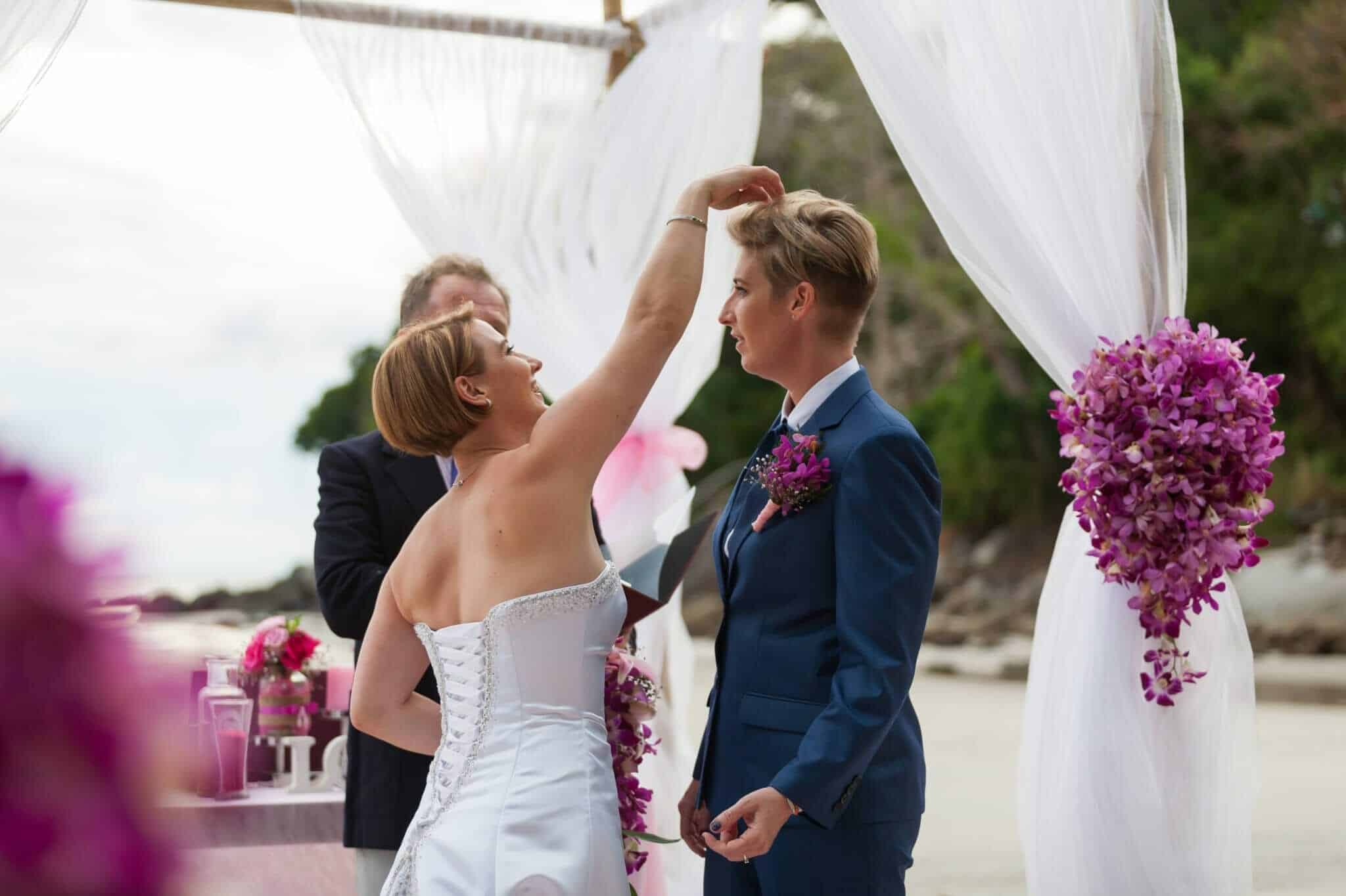 Beach wedding celebrant (10)