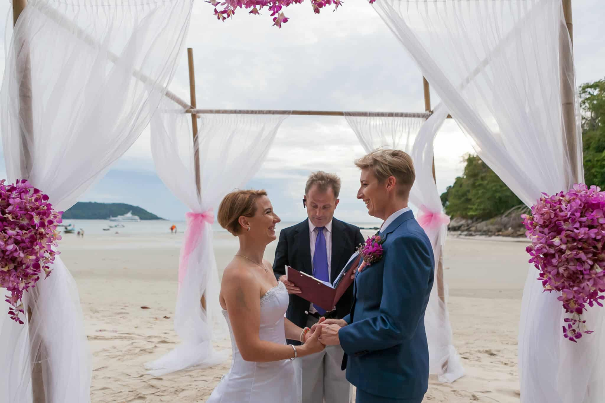 Beach wedding celebrant (3)