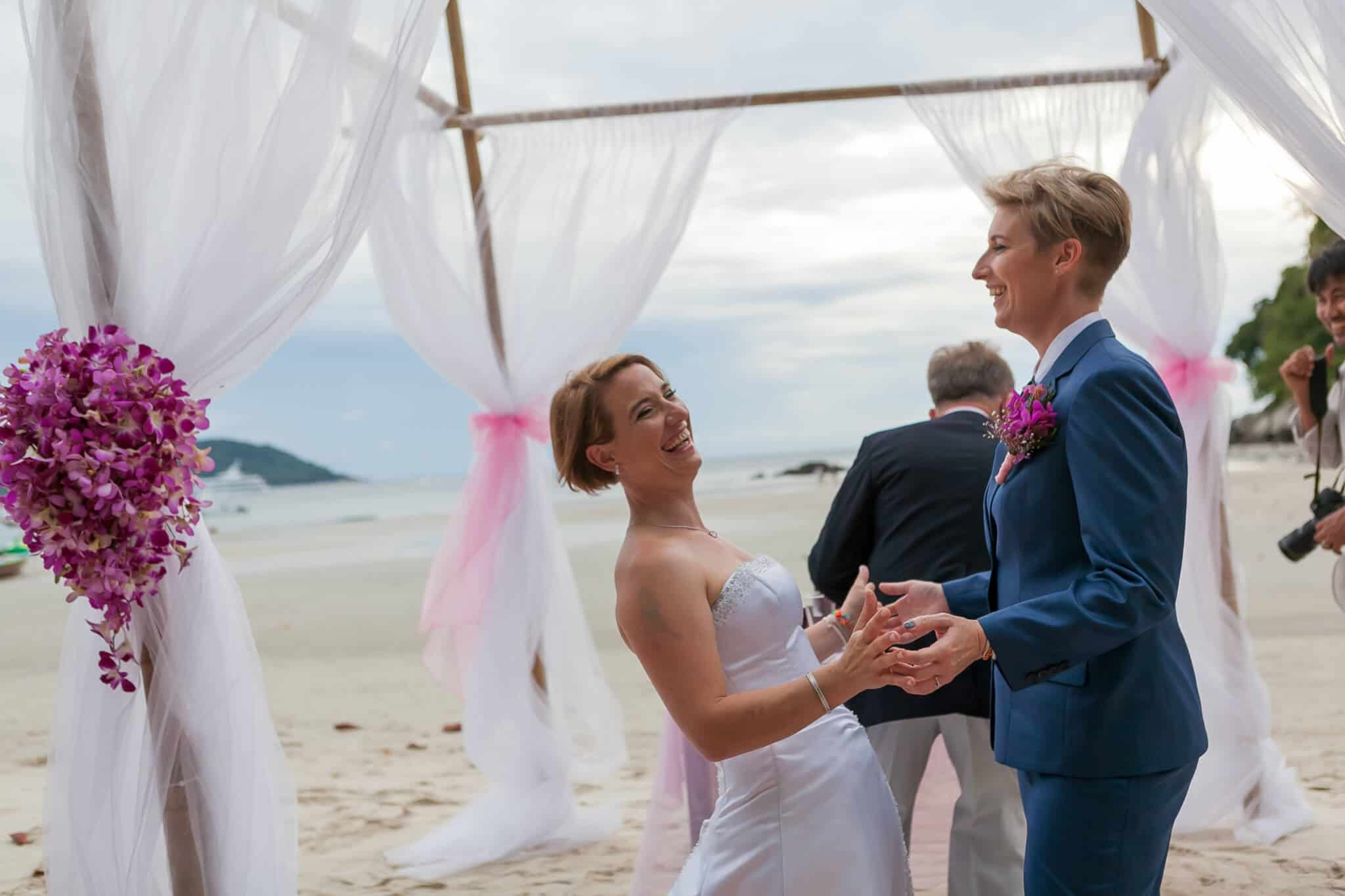 Beach wedding celebrant (5)