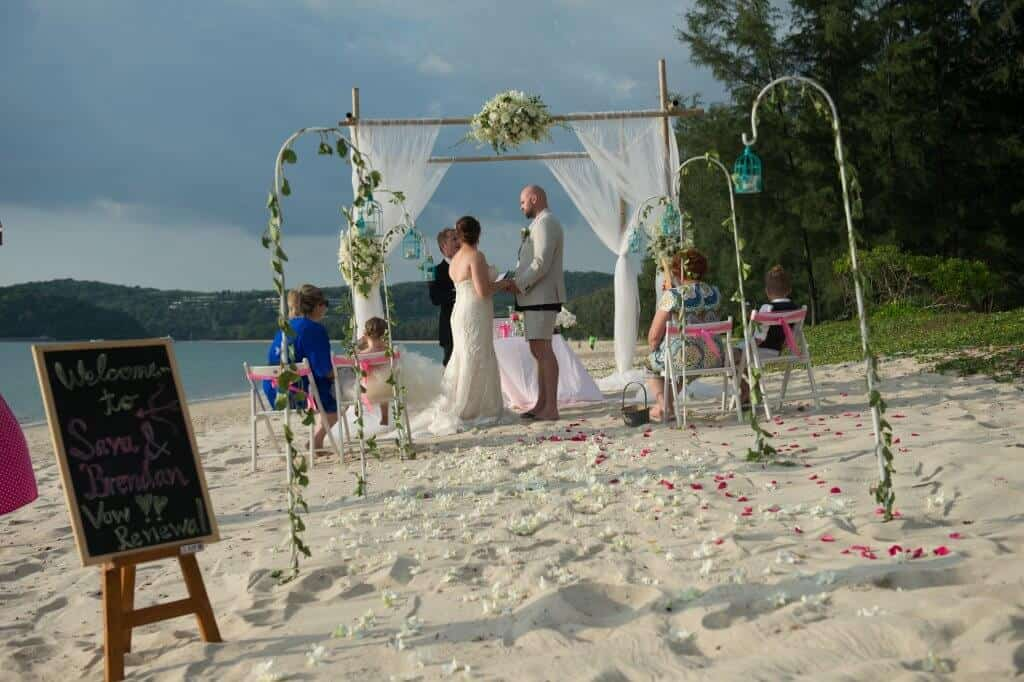 Phuket beach wedding vow renewal (3)