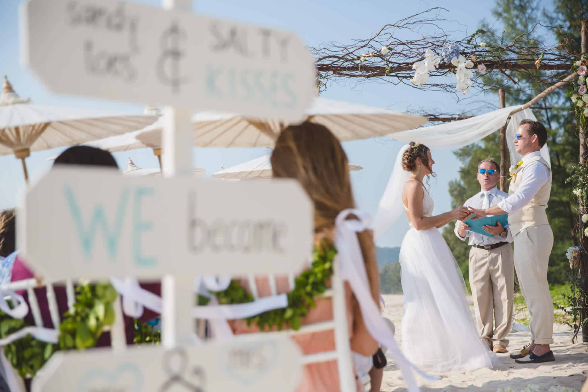 Beach destination wedding celebrant phuket (15)