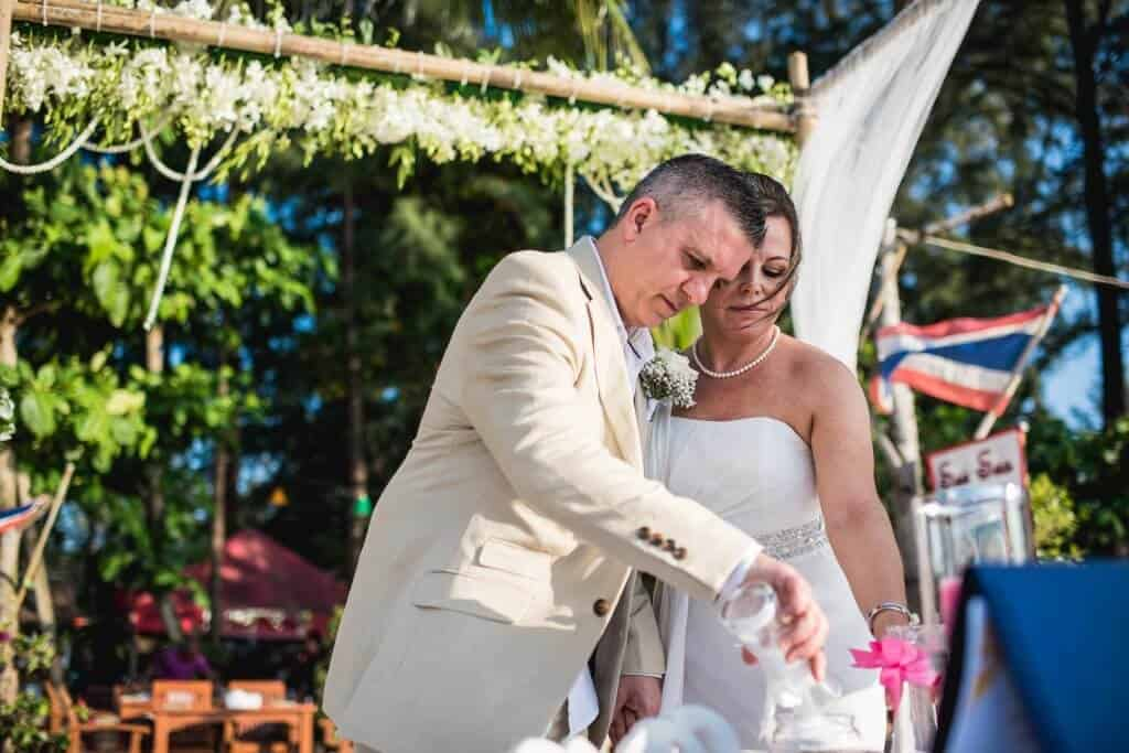Phuket beach wedding celebrant (24)