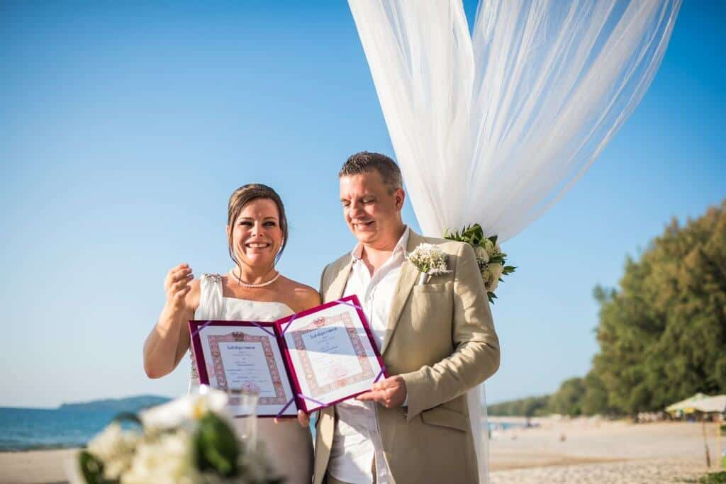 Phuket beach wedding celebrant (27)