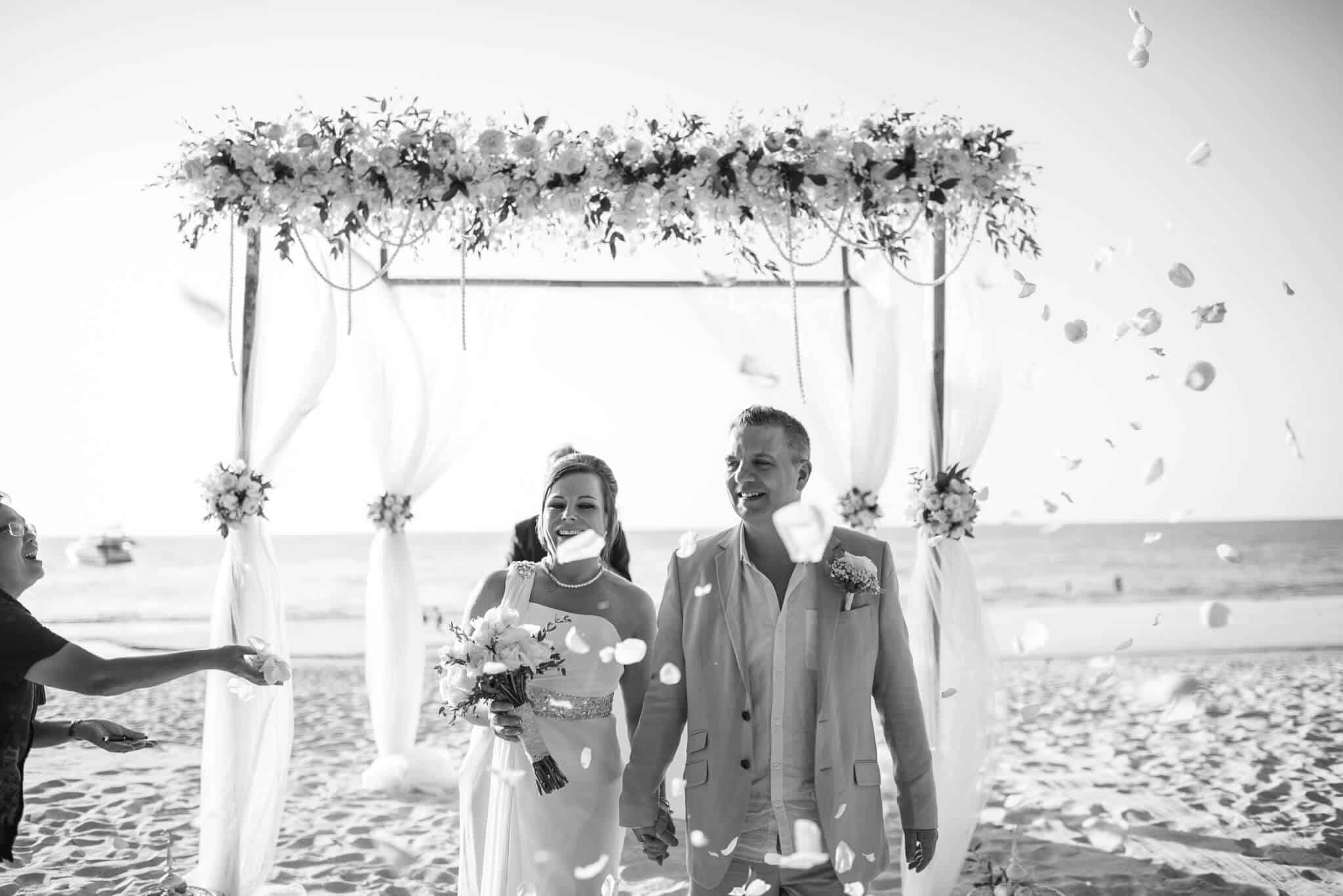 Phuket beach wedding celebrant (29)